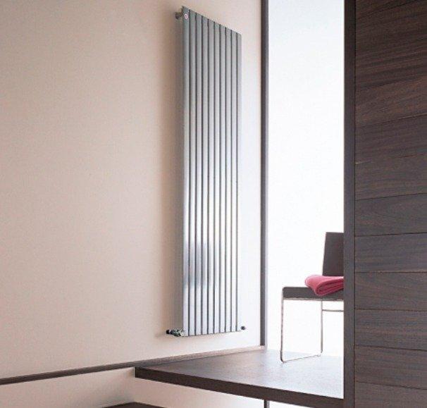 Стильный интерьер с дизайн радиаторами отопления